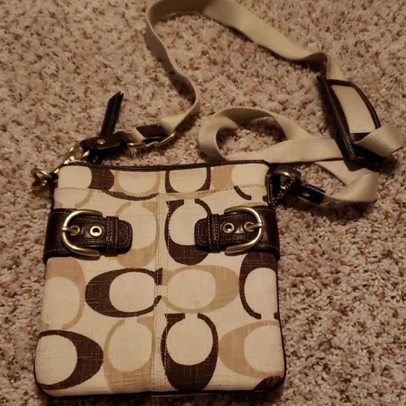 Coach Handbags - Coach crossover bag